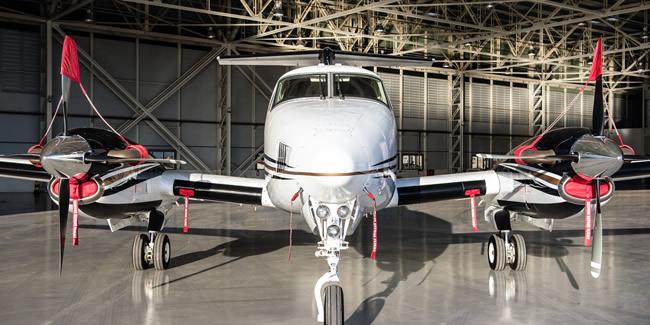 King-Air-B200-light-cabin2