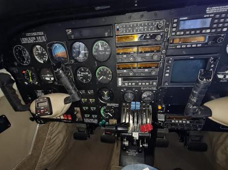 aeronava-Seneca-III-2
